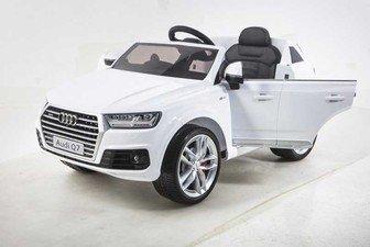Джип Audi Q7 (лицензионная модель) на резиновых колесах