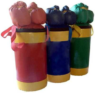 Набор боксерский детский : перчатки и груша.