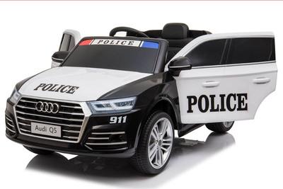 Audi Q5 Police. Детский внедорожник на резиновых колесах.