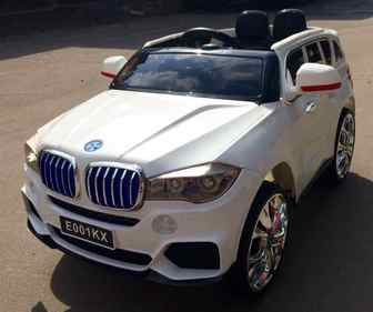 Детский электромобиль BMW Х5 E001КХ на резиновых колесах.