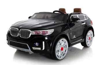 Двухместный джип 24 BMW M 333 MM на резиновых колесах.