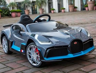 Bugatti DIVO HL338. Детский автомобиль на резиновых колесах.