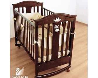 """Детская кроватка-качалка с колесами Гандылян """"Даниэль"""""""