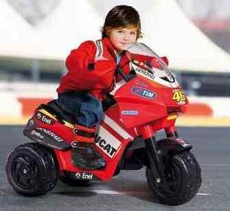 Peg Perego Desmosedici Raider V.Rossi iged0916. Детский мотоцикл Peg Perego Desmosedici Raider V.Rossi iged0916.