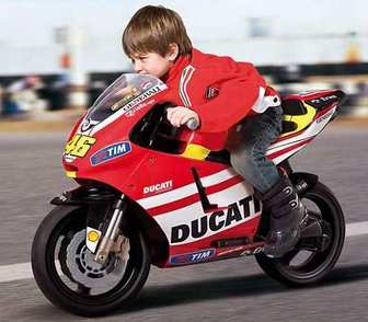 Детский мотоцикл Peg-Perego IGMC0018 Ducati GP Rossi (Италия).