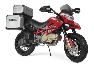 Peg-Perego Ducati Enduro. Детский мотоцикл со стояночной подножкой.