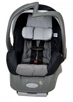 Детские автомобильное кресло Evenflo Embrace