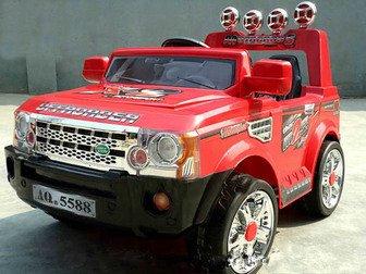 """Электромобиль детский """"Land Rover"""" на пульте радиоуправления."""