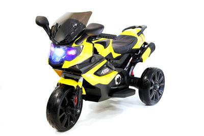 RiverToys K222KK. Детский трицикл на резиновых колесах.