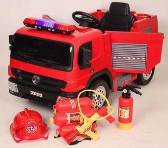 Пожарная машина A222AA на резиновых колесах с подсветкой.